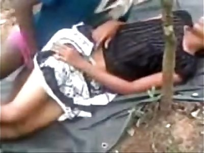 Indian Hot Young Couple Dating N Fucking College immature in Public Park - Wowmoyback